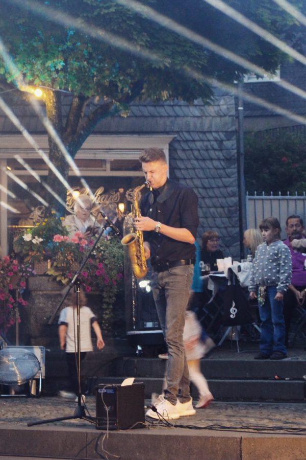 Marius Trapp spielt auf Hochzeit